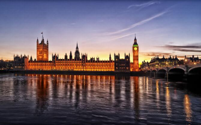 Top 20 things to do in London: The Palace of Westminster in the sunset