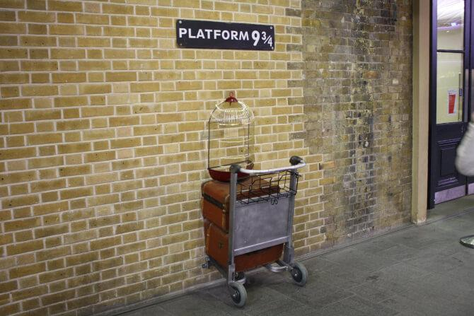 Top 20 things to do in London: Platform 9¾ from Harry Potter at King's Cross station
