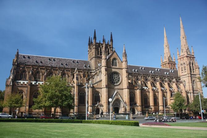 Top 20 things to do in Sydney: Side view of the St. Mary's Cathedral