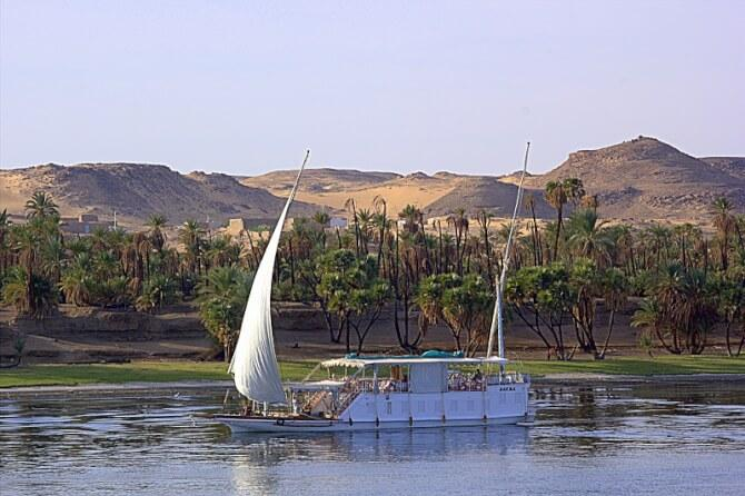 things to do in egypt:River Cruise down the Nile