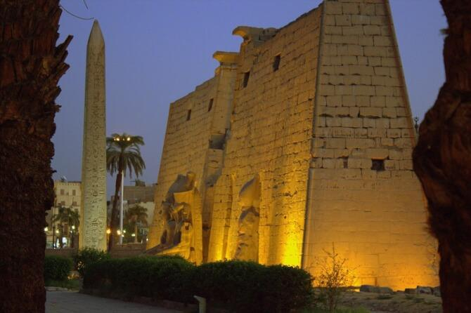 things to do in egypt: Luxor Temple