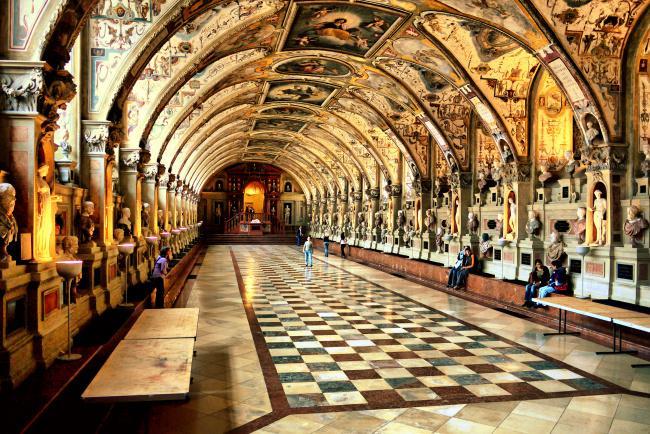 Top 20 things to do in Munich: Renaissance Antiquarium of the Munich Residenz