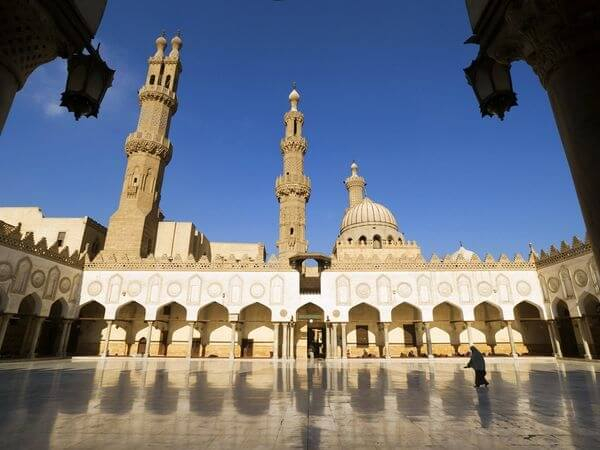 things to do in egypt: Al-Azhar Mosque