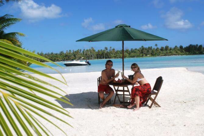 Things to do in Bora Bora:Motu Picnic