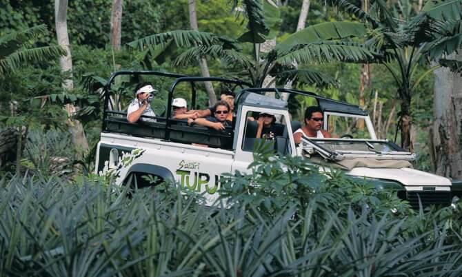 Things to do in Bora Bora:Jeep Safari