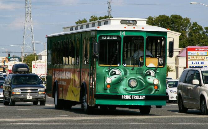 things to do in orlando:Trolley Service