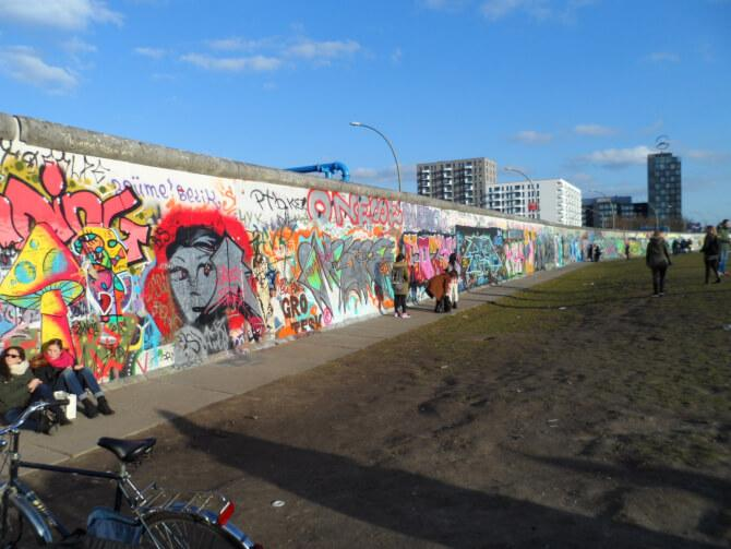 Top 20 things to do in Berlin: Part of the Berlin Wall covered with graffiti