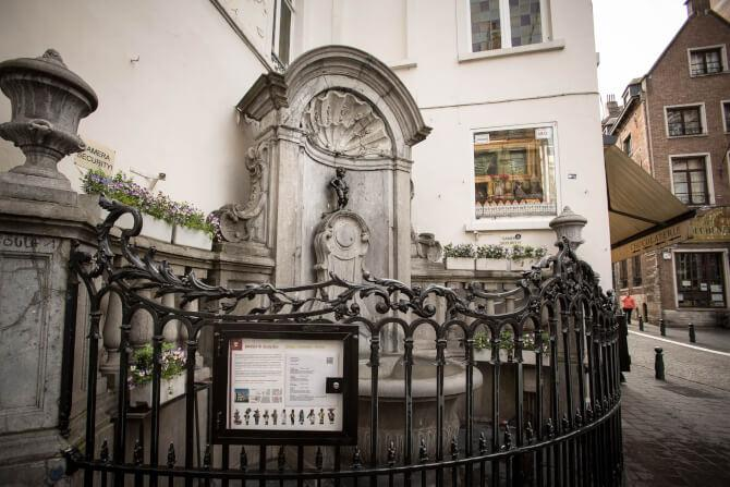 Top 20 things to do in Brussels: The small statue of Manneken Pis - a must-see on the list of things to do in Brussels