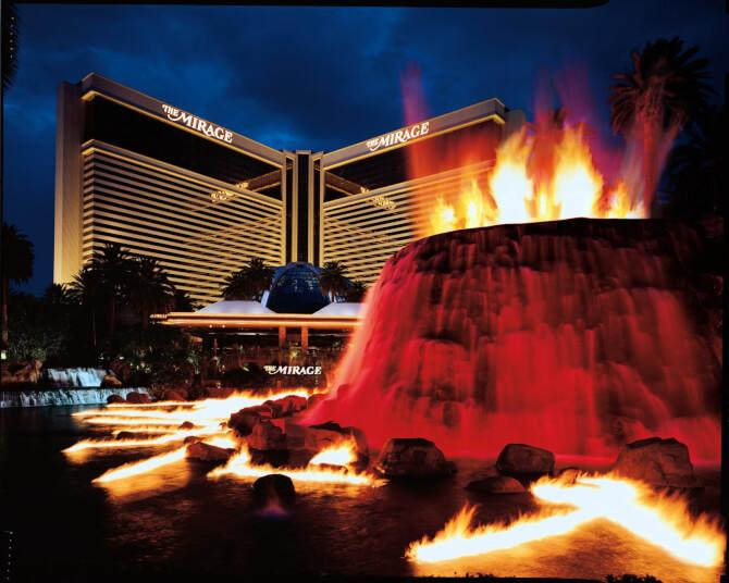 Top 20 things to do in Las Vegas: The artificial volcano of The Mirage