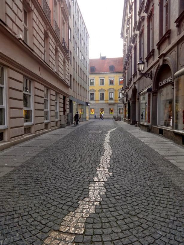 Top 20 things to do in Munich: Drückebergergasse
