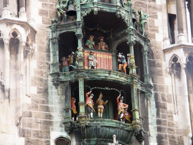Top 20 things to do in Munich: Rathaus-Glockenspiel