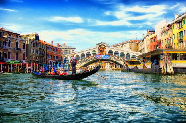 Top 20 things to do in Venice: The Rialto Bridge