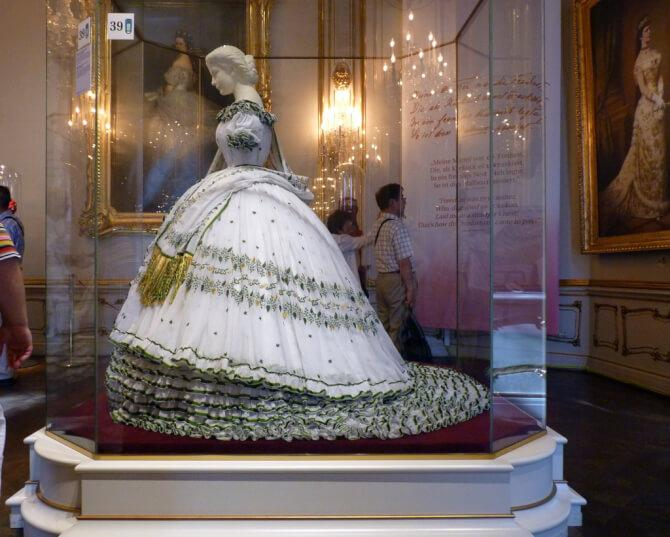 Top 20 things to do in Vienna: One of the dress of Empress Elisabeth in the Sisi Museum