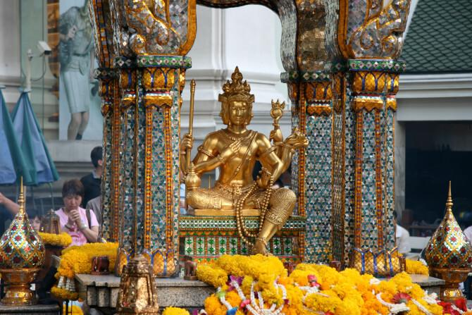 Top 20 things to do in Bangkok: Erawan Shrine
