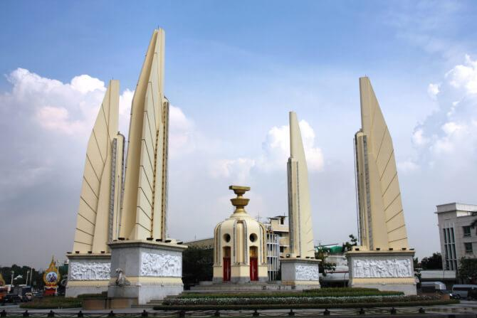 Top 20 things to do in Bangkok: Democracy Monument