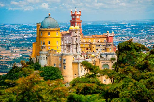 Top 20 things to do in Lisbon: Pena Palace in Sintra
