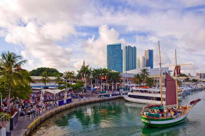 Top 20 things to do in Miami: Bayside Marketplace