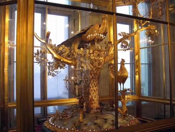 Top 20 things to do in Saint Petersburg: Peacock Clock