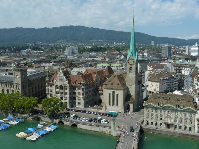Top 20 things to do in Zürich: Fraumünster
