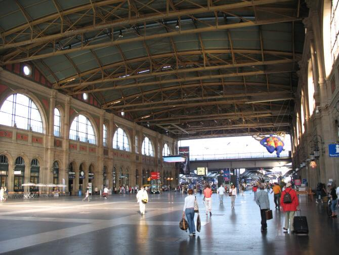 Top 20 things to do in Zürich: Inside the Zürich Hauptbahnhof