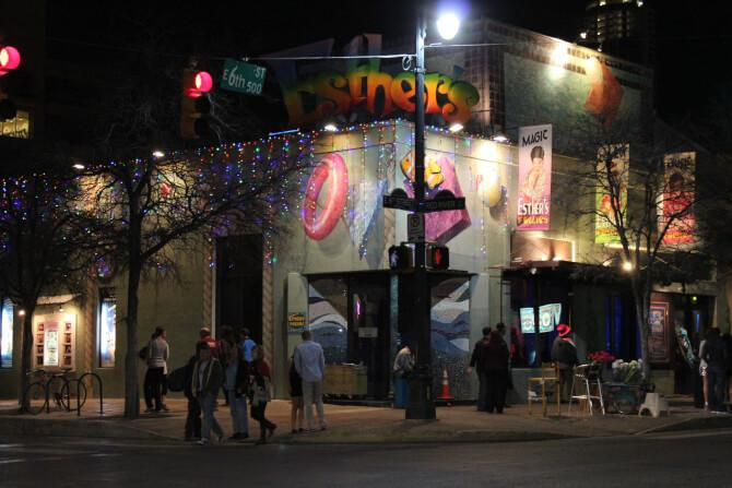 Top 20 things to do in Austin: Esther's Follies