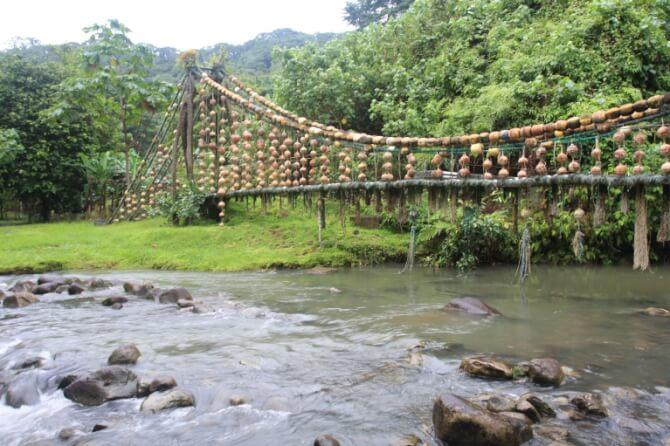 Top 20 things to do in Costa Rica: Cocos River Bridge