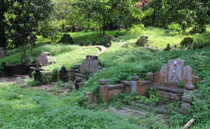 Top 20 things to do in Singapore: Bukit Brown Cemetery