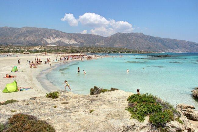 Top 20 things to do in Crete: Elafonisi Beach