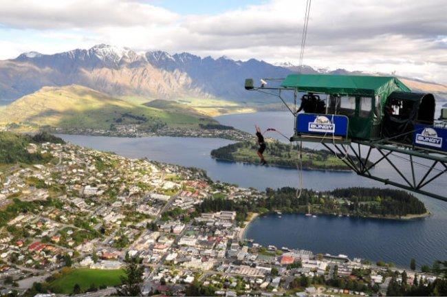 Top 20 things to do in Queenstown: Bungee Jumping