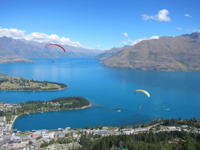 Top 20 things to do in Queenstown: Paragliding