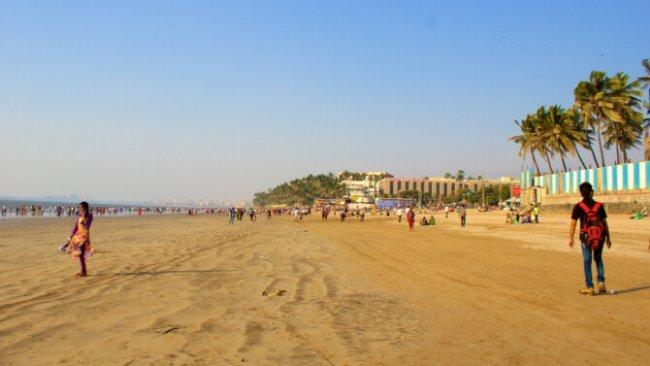 Top 20 things to do in Mumbai: Juhu Beach