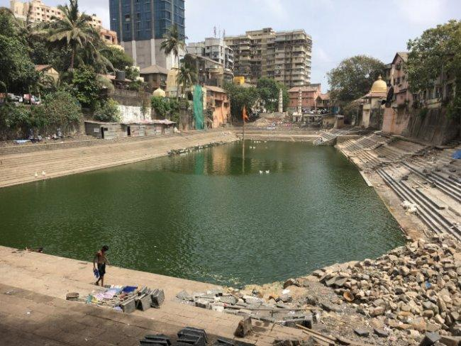 Top 20 things to do in Mumbai: Banganga Tank