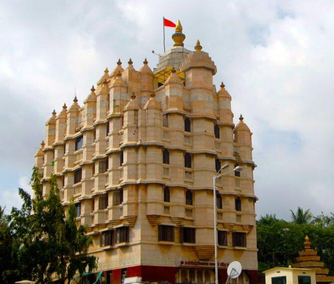 Top 20 things to do in Mumbai: Siddhivinayak Temple