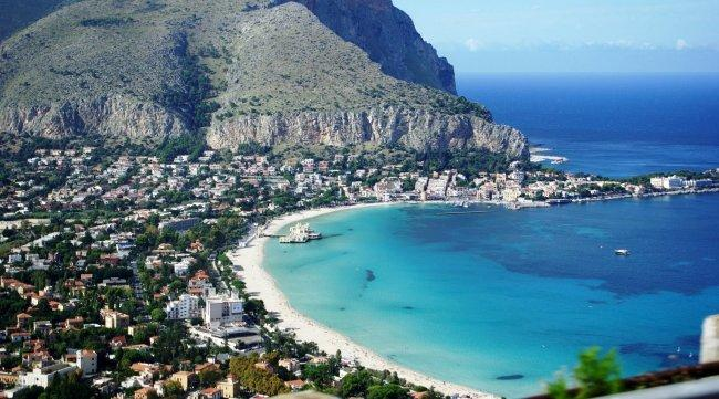Top 20 things to do in Sicily: Mondello