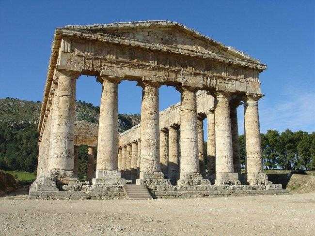 Top 20 things to do in Sicily: Segesta Temple